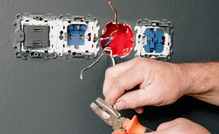Como trabalhar de Técnico Eletricista embarcado?